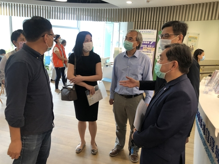 Lingnan colleagues visited Kwai Tsing District Health Centre (K&TDHC)